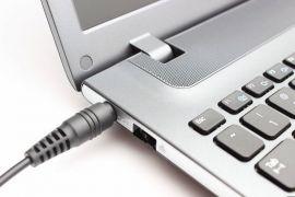Những thói quen sẽ giết chết laptop của bạn