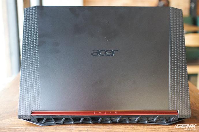 Cận cảnh laptop Acer Nitro 5 phiên bản 2019 tại Việt Nam: viền màn hình đã mỏng hơn, trang bị CPU Core i9 và NVIDIA GTX 16 Series