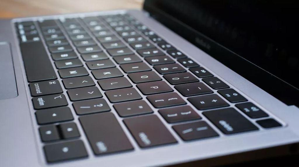 Bàn phím cánh bướm trên MacBook có thực sự tệ như mọi người nói?