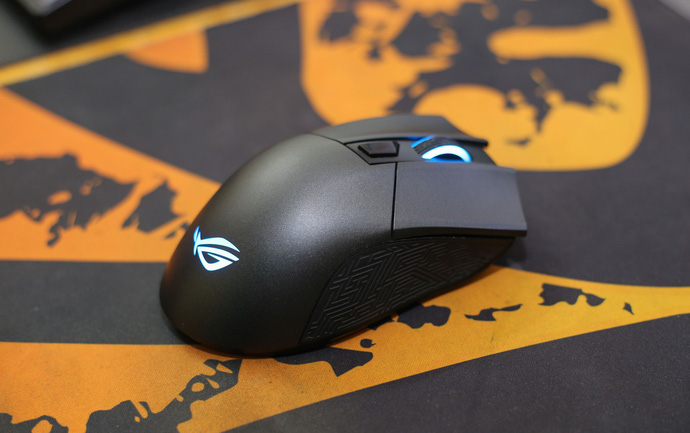 Asus ROG Gladius II Wireless: Chuột không dây hoàn hảo cho game thủ