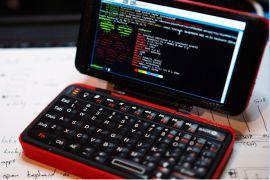 Laptop tuyệt đẹp làm từ Raspberry Pi và thân vỏ in 3D