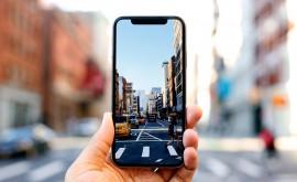 Năm 2018, các hãng đua nhau làm smartphone như thế nào?