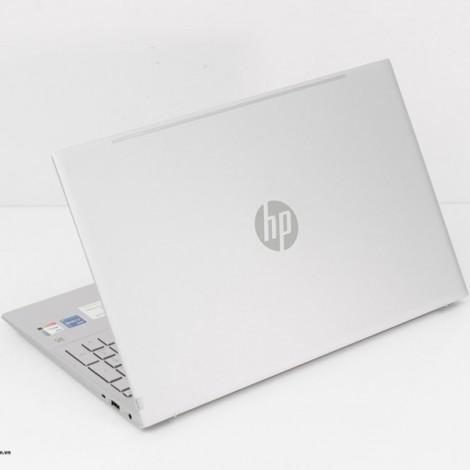 Laptop HP Pavilion 15-eg0069TU 2L9H2PA (BẠC)